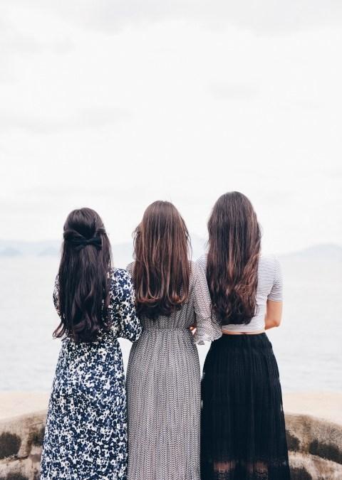 Comment favoriser la pousse de vos cheveux naturellement ?
