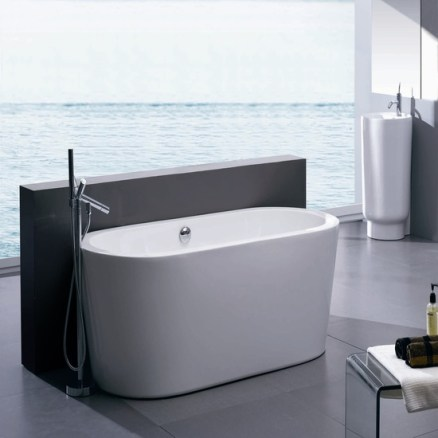 Selecting the bath pros and cons of different materials for Pros and cons of acrylic bathtubs
