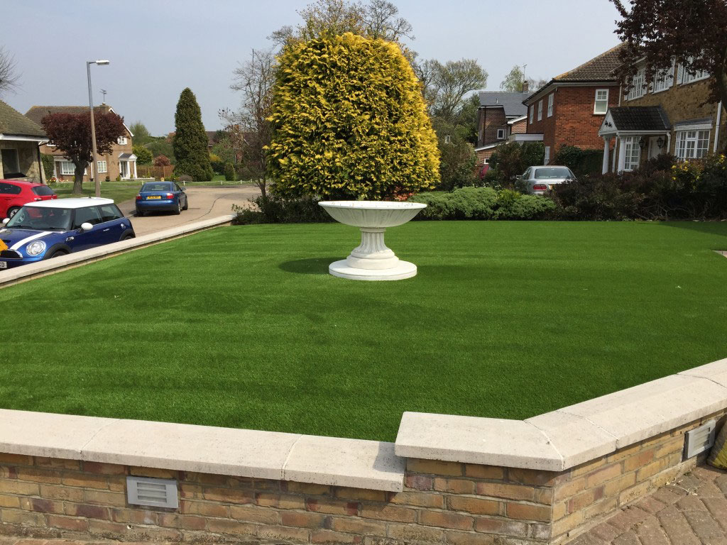 Essex artificial lawns - get a free quote