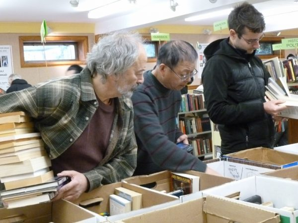 Spring book sale at MML