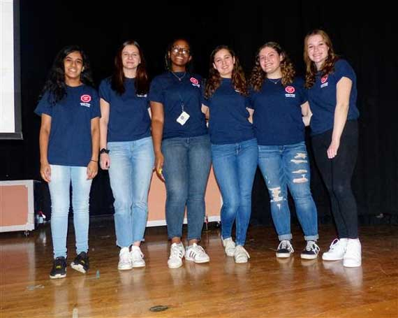 Nikhil Badlani Foundation teens teach traffic safety