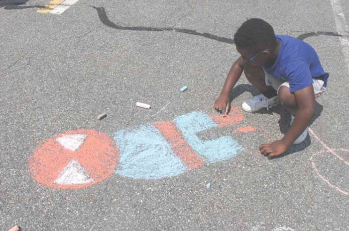 Hot pavement, fresh produce, chalk art at Farmers Market