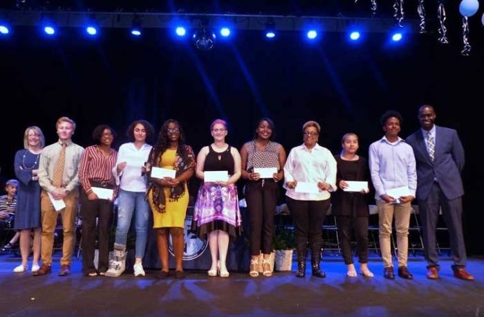Ten WOHS seniors receive Timothy Groves Memorial Scholarship