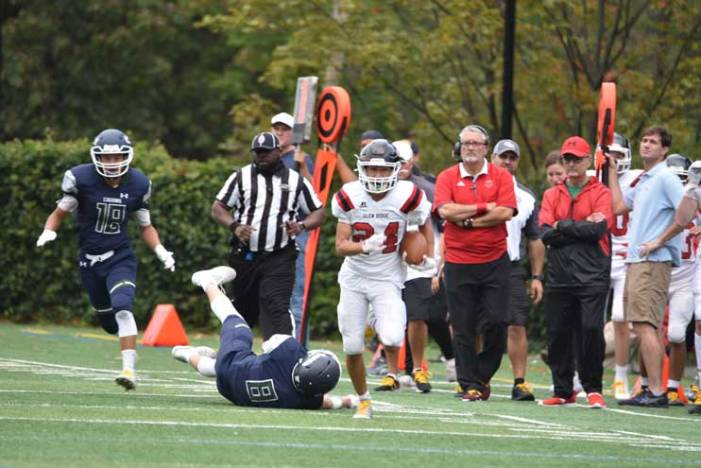 Glen Ridge HS football team jolts Montclair Kimberley Academy for first win of season