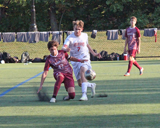 Glen Ridge HS boys soccer team falls to Verona in ECT