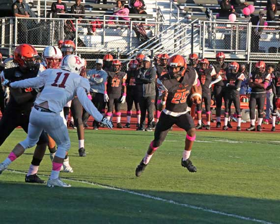 Orange HS football team seeks to get back to winning ways
