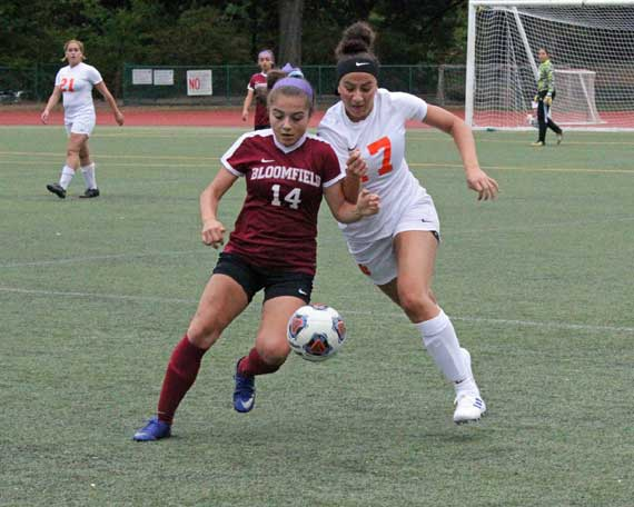 Bloomfield HS girls soccer team notches victories