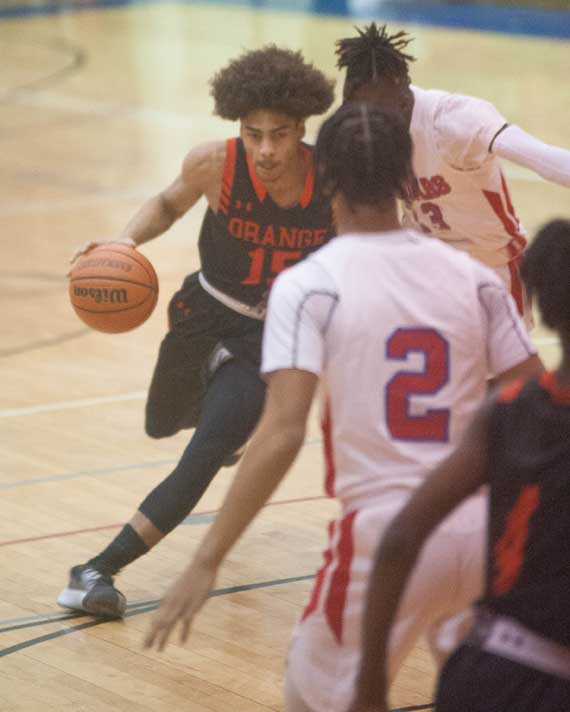 Orange HS boys basketball team gets back to winning ways; OHS girls hoops tops Weequahic
