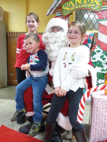 St. Thomas school celebrates annual Breakfast with Santa