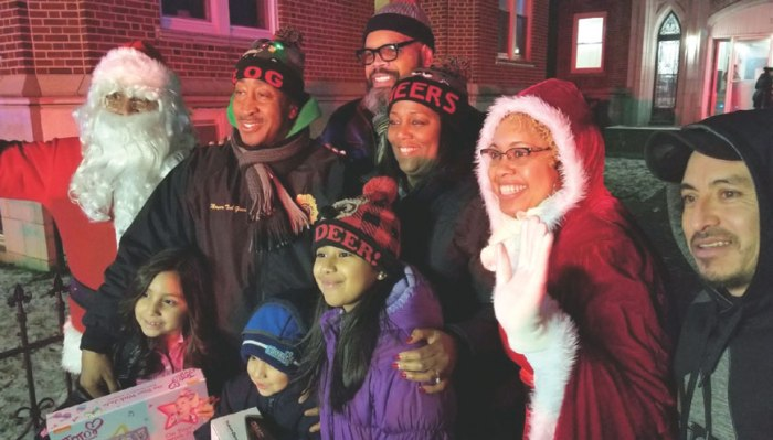 East Orange welcomes annual holiday toy caravan