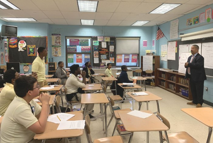 Congressman attends middle school's student council meeting