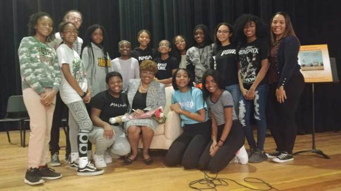 SOMSD fifth graders hear from civil rights pioneer