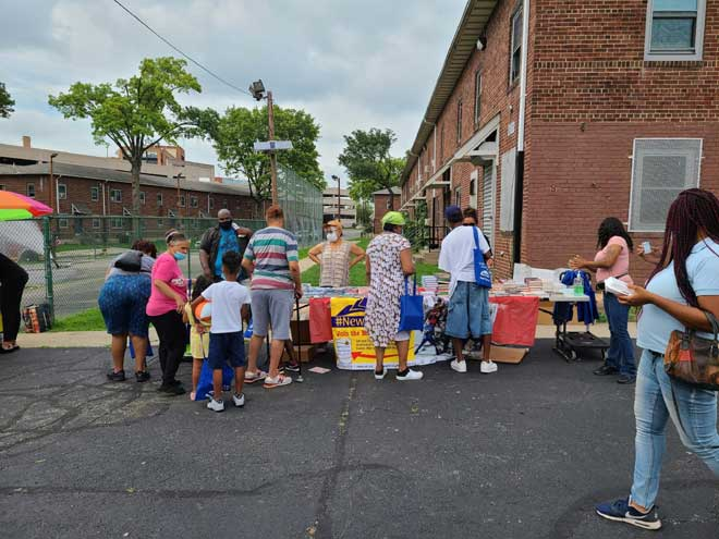 Mayor's Book Club distributes more than 10,000 books to residents