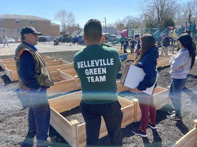 Belleville's first community garden takes root in Fairway Park