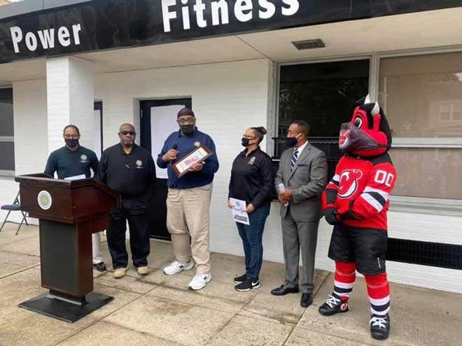 East Orange mourns passing of beloved employee Mike Davis