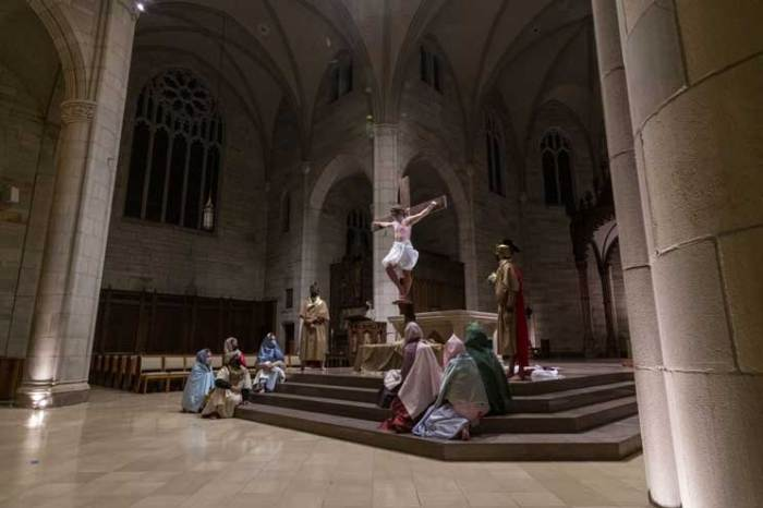 Congregants at area churches come together to celebrate Easter