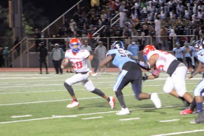 The Battle of the Oranges turns in another classic as East Orange Campus tops West Orange, 21-14