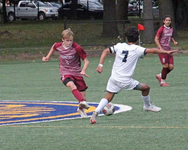 Bloomfield and Glen Ridge soccer teams give good efforts in respective county tournaments