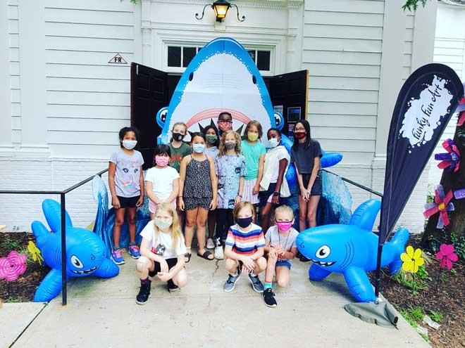 Maplewood's Funky Fun Art brings magic to campers