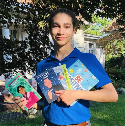Maplewood teen donates more than $2K worth of books to younger students