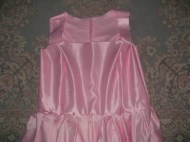Dress with the skirt sewn onto the bodice