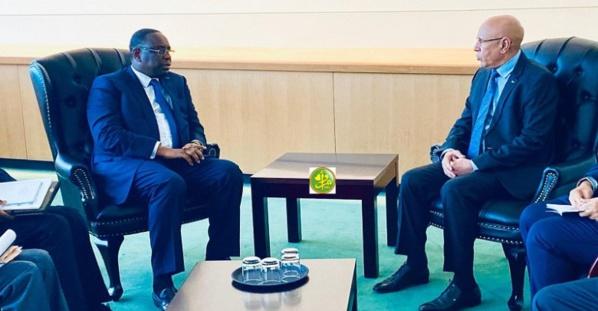 الرئيسان الموريتاني محمد ولد الشيخ الغزواني والسنغالي ماكي صال خلال مباحثات بنيويورك