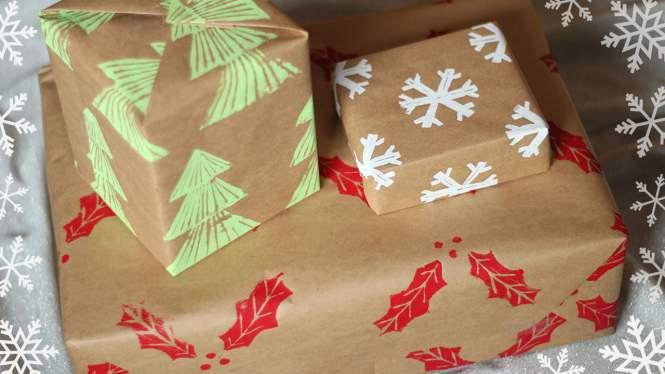 DIY Custom Wrapping Paper & DIY Stamps