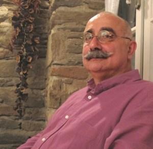O escritor e linguista Sevan Nisanyan