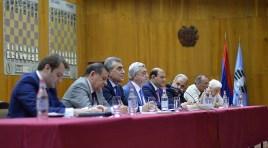 Serzh Sargsyan é reeleito como presidente da Federação de xadrez da Armênia