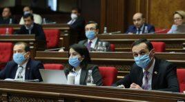 Parlamento armênio aprova lei polêmica de rastreio de celulares