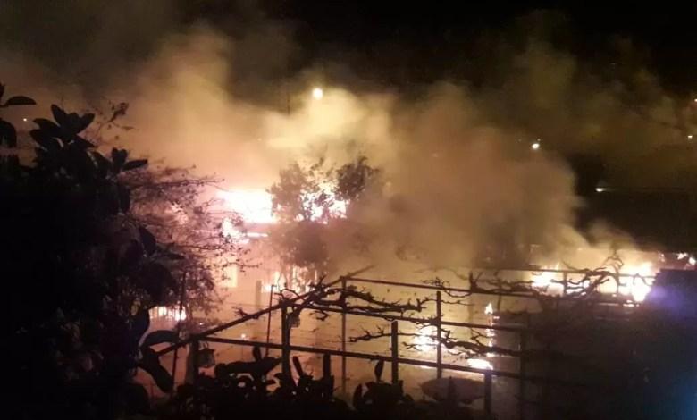 Photo of Incendio fatal en Rawson: fallecieron dos personas