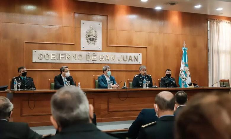 Photo of Uñac puso en funciones al nuevo subjefe de la Policía de San Juan