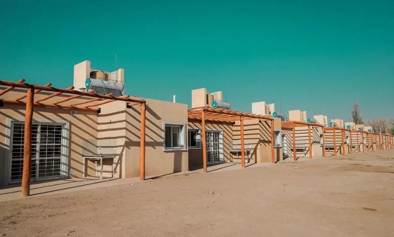 Photo of Entregaron viviendas en 9 de Julio