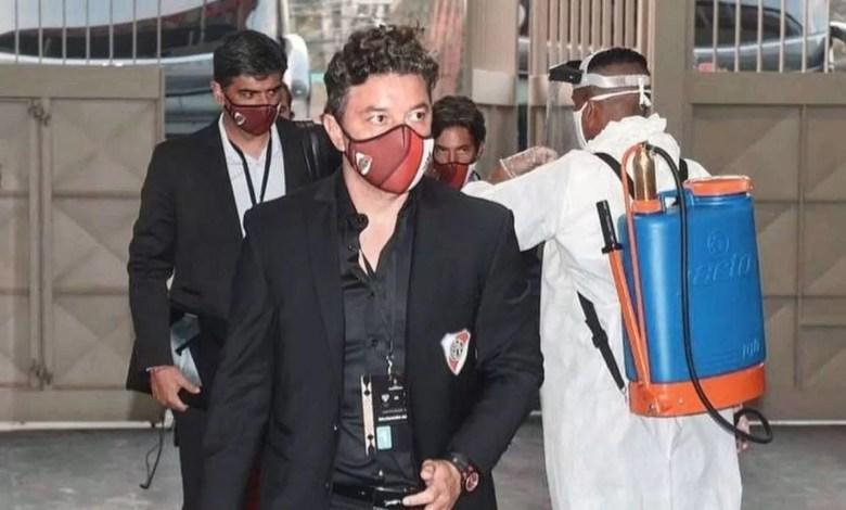 Photo of Marcelo Gallardo aislado por un contacto estrecho de COVID-19