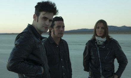 Black Rebel Motorcycle Club y Linda Guilala