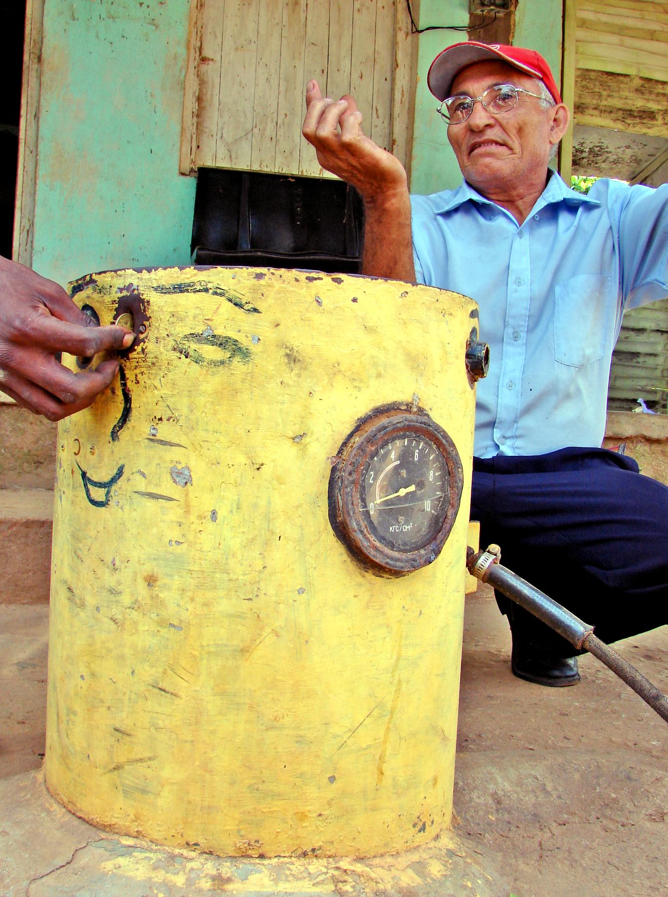 Ni Ingeniero Ni Loco Inventor Esta Cubana