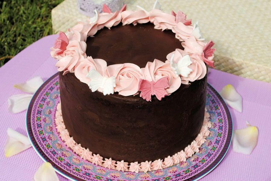 Tarta de chocolate y mermelada con crema de vainilla  Cocina