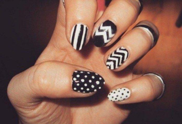 15 Diseños Espectaculares De Uñas A Blanco Y Negro Para Las Amantes
