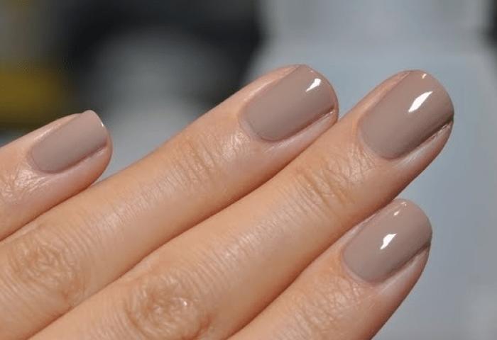 Manicura De Uñas Color Nude Belleza