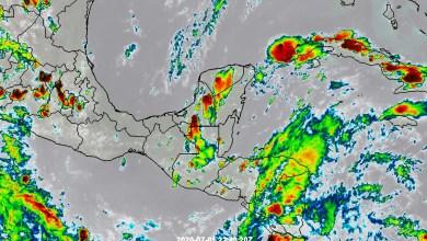 Foto de Tormentas fuertes por la onda tropical no.11
