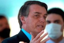 Foto de Prensa de Brasil demandará a Bolsonaro por quitarse el cubrebocas al anunciar que tenía COVID-19