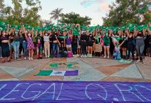 """Foto de Danzas, música y """"pañuelazo"""" en Quintana Roo para exigir despenalización del aborto"""