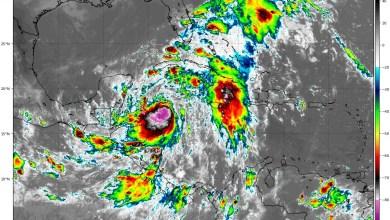 """Foto de """"Zeta"""" llegaría como huracán este lunes"""