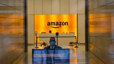 Foto de Amazon gasta otros 500 millones de dólares en bonificaciones. Algunos de sus trabajadores siguen en huelga