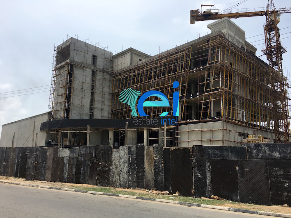 March 2017. Development: Twin Waters Entertainment Centre, Lekki Phase 1 (Right), Lagos