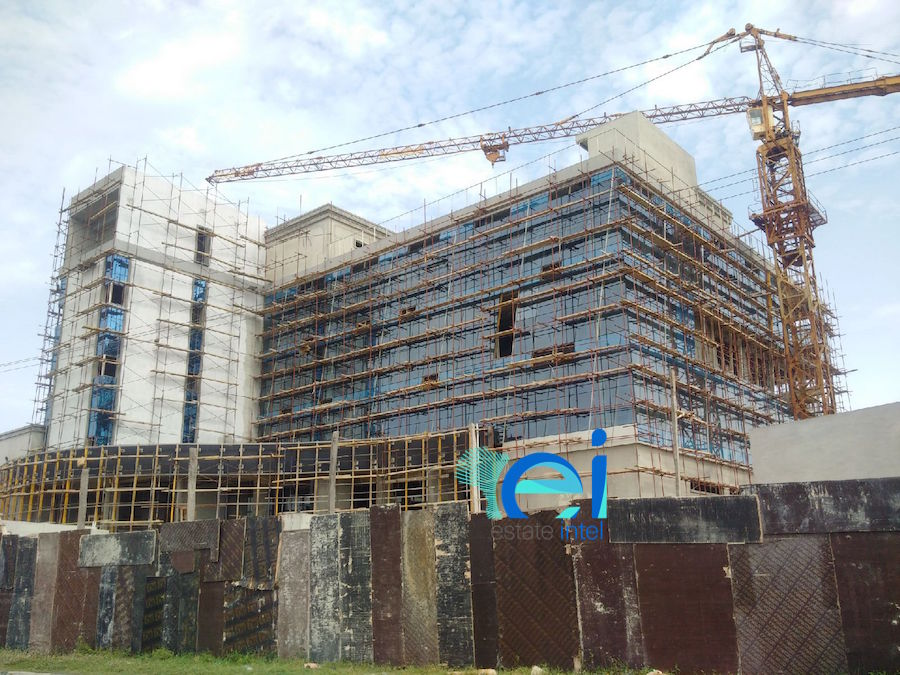 Updated - Development: Twin Waters Entertainment Centre, Lekki Phase 1 (Right), Lagos