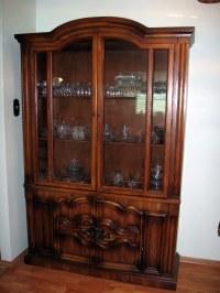 $300 set Solid Oak Wood China Cabinet and Side Serving ...