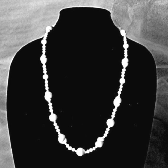 Venetian Milkglass Necklace