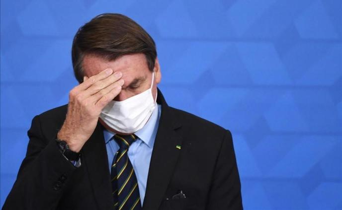 La pandemia, sin horizonte de mejora y con Bolsonaro bajo presión en Brasil