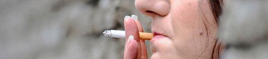 Dejar de fumar reduce la inflamación asociada a la enfermedad cardíaca  (Imagen: REUTERS/Toby Melville)